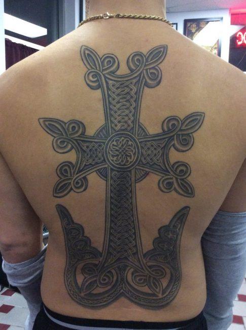 Тату готический железный крест