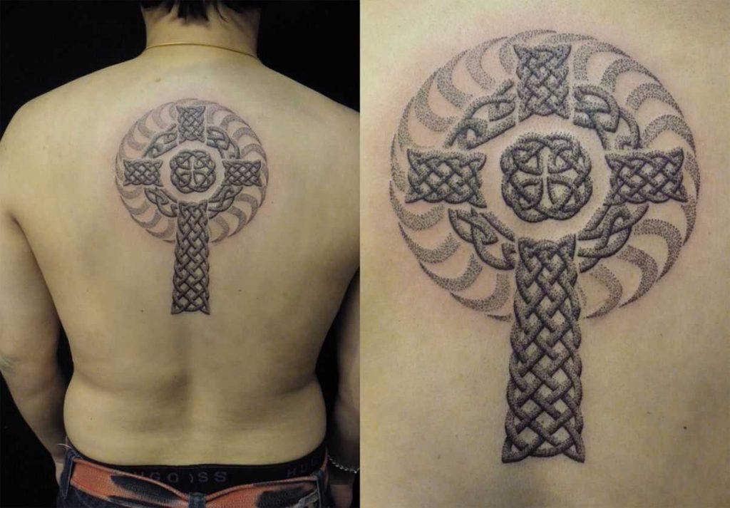 Тату кельтский крест