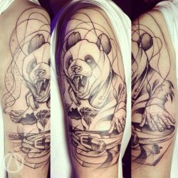 Тату с животными: для девушек и мужчин, черно-белые, цветные, череп, геометрия, на руке, плече, бедре, реализм. Значения и эскизы + 200 ФОТО