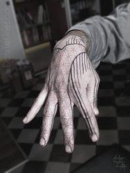 Значение и эскизы тату на пальцах рук: на безымянном, кольцо, надписи, маленькие, крест, точки, корона, перстень, для девушек, мужчин. Тюремные татуировки + 125 ФОТО