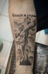 Что означает тату крест: у мужчин, на руке, запястье, спине, шее, груди, кельтский, православный, перевернутый. Эскизы + 140 ФОТО