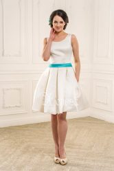 Модные короткие платья в 2018 году: свадебные, на выпускной, с коротким рукавом, вечерние, пышные, белые + 160 ФОТО