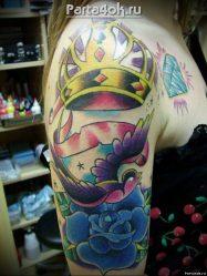 Значение тату с короной: для девушки, мужчины, на руке, запястье, пальце, шее, корона со львом, черепом, парная. Эскизы + 110 ФОТО